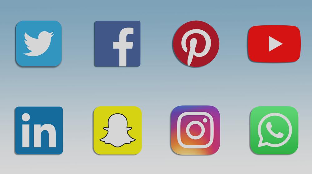 social media in mobile phones