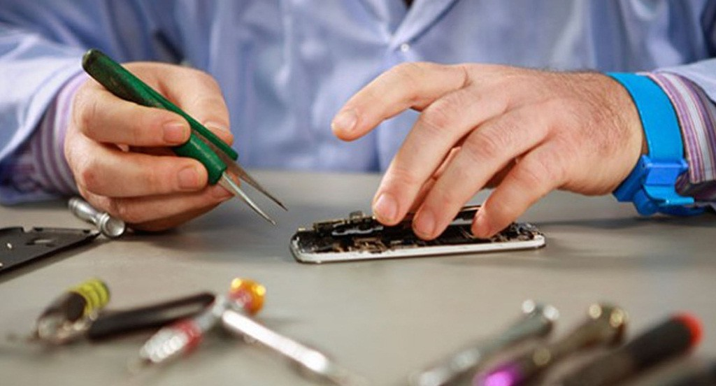 mobile repairing course at Prizm Institute